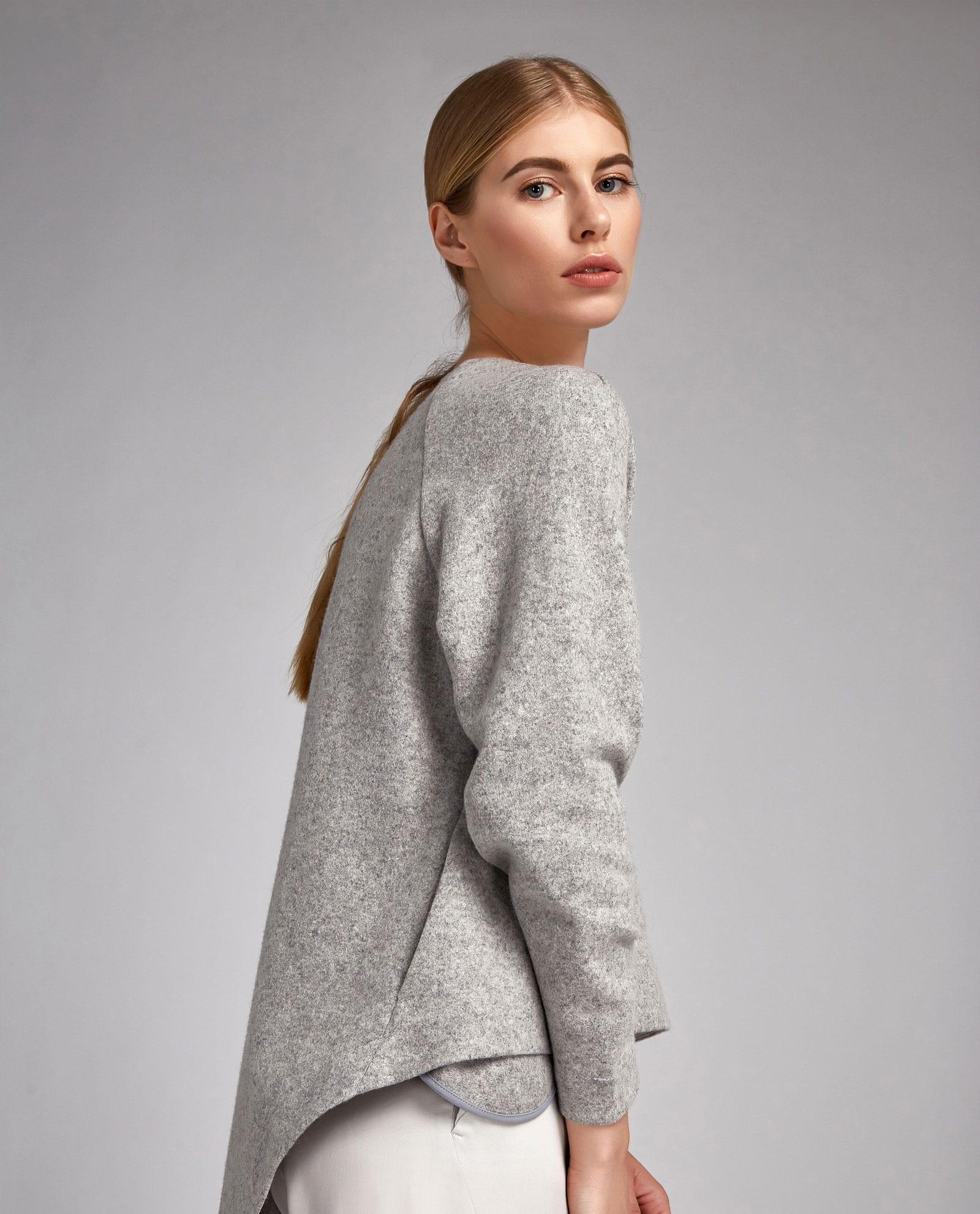 gray top04